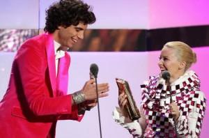 Mika-Minogue